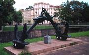 """Памятник линкору """"Гангут"""" (""""Октярьская революция"""")"""